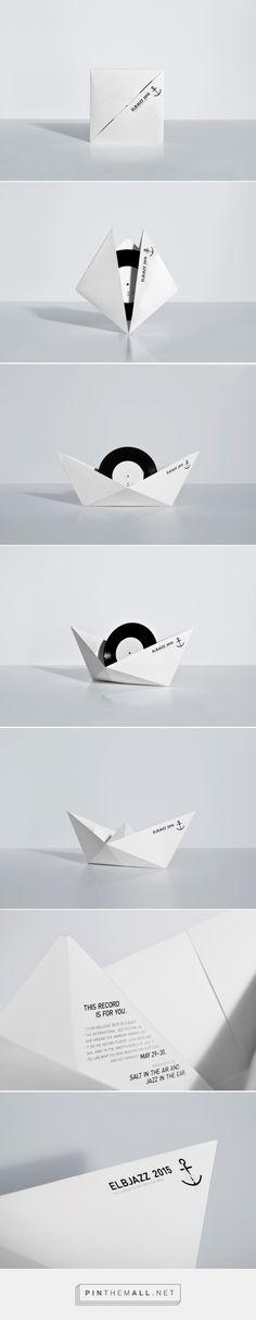 The Swinging Paper Boat vinyl mailer design by KOREFE - http://www.packagingoftheworld.com/2017/04/the-swinging-paper-boat.html