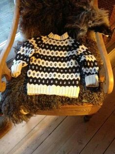 Knitting For Kids, Baby Knitting, Free Knitting, Hobbies And Crafts, Arts And Crafts, Fair Isle Knitting, Toddler Dress, Little People, Kids Wear
