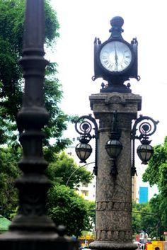 relogio do bairro da gloria RIO RJ - Pesquisa Google NA GLÓRIA Sabe-se que o relógio da Glória foi inaugurado pelo prefeito Pereira Passos em 1905.