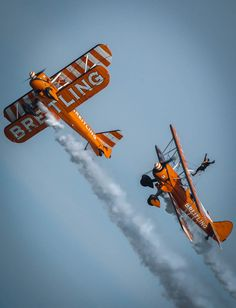 Break! Breitling Stearmans at Eastbourne - by Phil Clarkstone