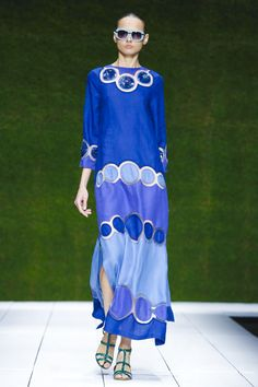 Laura Biagiotti Women Fashion Show Ready to Wear Collection Spring Summer 2017 in Milan