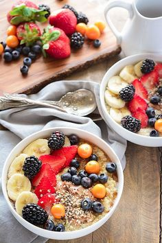 Breakfast Quinoa Bowl with Berries Such a healthy way to start your day!