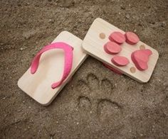can you imagine the eyebrows these footprints would raise?