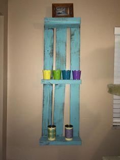 DIY Upcycled Pallet Decorative Wall #Shelf | 99 Pallets