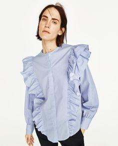 Mango v Zara Zara Fashion, Blue Fashion, Fashion Outfits, Zara Mode, Girls Blouse, Estilo Fashion, Over 50 Womens Fashion, Business Dresses, Streetwear