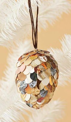 Christmas ● DIY ● Paper Pincone Christmas Ornament