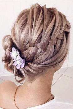 classic wedding hair classical wedding hairstyles side updos with french braid lenabogucharskaya via Bohemian Hairstyles, Box Braids Hairstyles, Trending Hairstyles, Formal Hairstyles, Classic Hairstyles, Hairstyle Ideas, Hairstyles 2016, Pretty Hairstyles, Wedding Hairstyles Side