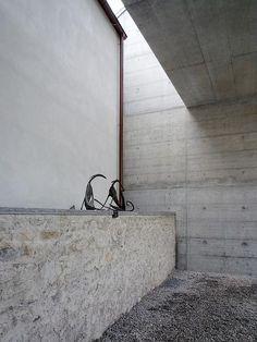 Visions of an Industrial Age // 一村的相册-Luigi Snozzi Luigi, Contemporary Architecture, Architecture Design, 21st Century, Mid Century, How To Build A Log Cabin, Floor Ceiling, Modern Loft, Skylight