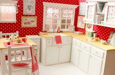 """Kitchen Doll OOAK Diorama """"Pretty Dots"""" -Blythe/Pullip/Lati/Pukifee/Yosd/BJD"""