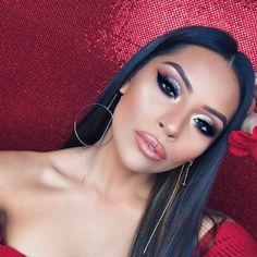 Huda beauty strobe gloss 18$ in Sephora #makeup #hudabeauty #gloss #afflink