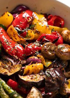Marinated BBQ Vegetables - Marinated BBQ Vegetables Close up photo of juicy, charred, tender crisp Marinated BBQ Vegetables Grilled Vegetable Marinade, Marinated Grilled Vegetables, Bbq Vegetables, Planting Vegetables, Grilled Chicken, Grilling Recipes, Veggie Recipes, Vegetarian Recipes, Dinner Recipes