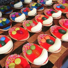 This cake stall offering: | 18 Of The Most Australian Photos Ever Taken