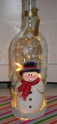 Handpainted snowman wine bottle with lights by SandysPaintinPlace bottle crafts snowman Handpainted snowman wine bottle with lights Wine Bottle Art, Glass Bottle Crafts, Painted Wine Bottles, Lighted Wine Bottles, Bottle Lights, Glass Bottles, Blue Bottle, Wine Glass, Snowman Crafts