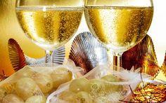 In Spanien verspeist man an Silvester nach Tradition zwölf Trauben, für jede darf man sich etwas wünschen