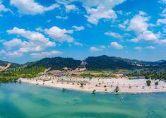 Vio Vio beach  #batam #batanisland #wonderfulbatam #vioviobeach #indonesia #explorebatam #visitindonesia #beach #dronephotography #dronestagram #droneoftheday #droneshots #dronefly Batam, Drone Photography, Dolores Park, Shots, River, Explore, Beach, Outdoor, Outdoors