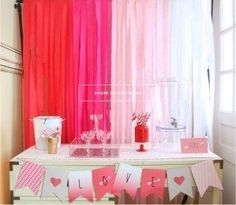 cheap-easy-backdrop-could-also-use-plastic-tablecloths-in-varying-shades-of-pink-to-white.jpg (287×250)