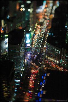 classics: ak47: thinkupstudio: ak47: Taipei at Night (via...