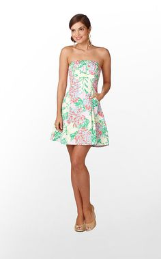 Lilly Pulitzer Blossom dress in Mariposa print. Great for honeymoon attire or bridesmaids dresses. #LillyPulitzer #SouthernWeddings