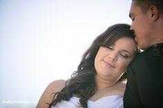 {Real Curvy Wedding} Fall Themed Vineyard Wedding | HazyLane Studio | Pretty Pear Bride