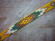 Artículos similares a Hand-woven beaded bracelet Miyuki flowers green ocher copper ibiza handloom handmade loom woven beaded bracelet beads en Etsy Bead Loom Patterns, Beading Patterns, Bead Loom Bracelets, Loom Beading, Bead Art, Bead Weaving, Etsy, Copper, Rose Gold