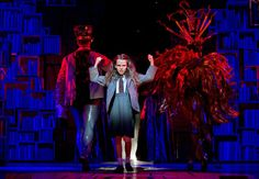 Oona Laurence in Matilda the Musical Broadway Theatre Shows, Theatre Geek, Musical Theatre, Theater, Matilda Cast, Matilda Broadway, Oona Laurence, Matilda Costume, Stage Crew