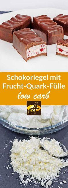 Rezept Schokoriegel mit Frucht-Quark-Füllung low carb zuckerfrei keto: Schokoriegel mit himmlisch erfrischend-fruchtiger Füllung aus Rahmquarkpulver und Früchten - lediglich 2 g Kohlenhydrate pro Riegel!