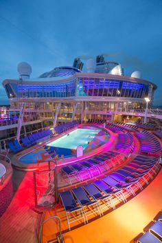 El crucero más grande del mundo: 13 excusas para comprobar lo que da de sí un metro