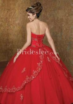 Ballgown anyone? Details are exquisite