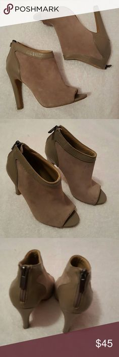 Gray Booties *RePosh*  In Great Condition only worn a couple times super cute for a night out and are not uncomfortable to walk in. :) Sole Society Shoes Ankle Boots & Booties