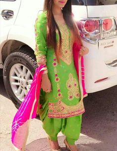 Beautiful Green n Pink suit😘