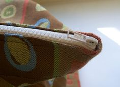Maiden Jane: How to Add a Zipper to a Finished Tote Bag