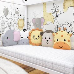 Do It Yourself nursery as well as baby room decorating! Concepts for you to develop a little heaven in the world for your little bundle. Great deals of baby space style ideas! Baby Crib Sets, Baby Crib Bedding, Baby Pillows, Kids Pillows, Baby Bedroom, Baby Room Decor, Baby Cribs, Kids Bedroom, Baby Room Set
