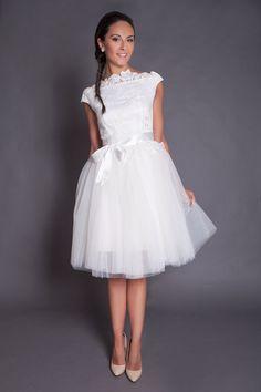 50s short lace wedding dress,  short ivory tulle wedding dress, ivory lace bridal gown, destination wedding dress, beach wedding dress