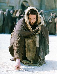 Aquel de ustedes que no tenga pecado.....   Sn. Juan 8, 7-9