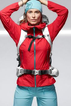 Masao Light HS Hooded Jacket Women Source by mammut Sport Fashion, Fashion Outfits, Womens Fashion, Ladies Fashion, Fashion Tips, Fashion Trends, Waterproof Breathable Jacket, Outdoor Fashion, Outdoor Woman