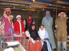 Oostwoud - In de kerk aan het Oosteinde in Oostwoud kunnen bezoekers zaterdag 20 december een levende kerststal bewonderen. Ook dit jaar zijn een 'verse' papa en mama gevonden om samen met hun baby...