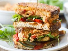 Sanduíche de Vegetais com Homus de Tomate Seco