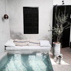Best Mini Pool Design Ideas For Small Backyard - Swimming Pool Landscaping, Small Backyard Pools, Small Pools, Ideas De Piscina, Kleiner Pool Design, Small Pool Design, Mini Pool, Mini Swimming Pool, Pool Designs