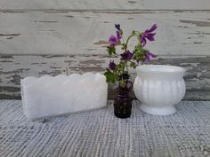 Check out this item in my Etsy shop https://www.etsy.com/listing/102047438/mid-century-milk-glass-collection