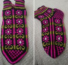 Knit Socks, Knitting Socks, Fair Isle Knitting, Sock Shoes, Mittens, Diy And Crafts, Slippers, Pattern, Fingerless Mitts