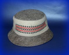 FELT HAT FOR THE RUSSIAN SAUNA (баня/BANYA)    Ukrainian Vyshyvanka    One size    for Head circumference 60 cm / 23'6 inches /  XXL /  7½    Hat looks good on the head of any circle    HIGHT QUOLITY - CARPATIAN WOOL 100%  If you buy 5 any SAUNA HAT or MORE, I give you   FREE SHIPPING      Item location - Ukraine    Delivery to U.S. and Canada - 3 weeks, to Europe - 10-14 days    Felt is a non-woven cloth that is produced by pressing woolen fibres.  Felt is the oldest form of fabric known to…