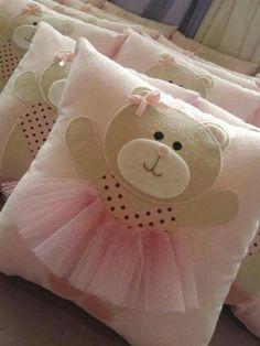 Almofada quarto infantil