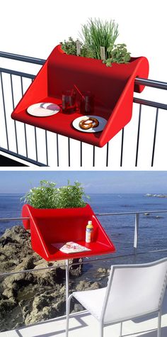 Balcony desk! Could also be used as a beverage station when eating out on the balcony/patio.