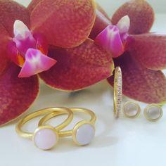 I'm in love Min flotte orkiede og fantastiske pastel farvede smykker. Hvad mere kan man ønske sig? #hvisk #hviskstyling #hviskstylist #hviskjewellery