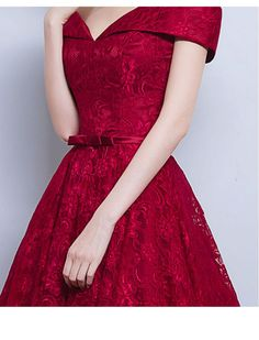 Off Shoulder Vintage Inspired Lace DressWant a glamorous red carpet look for a fraction of the price? This exquisite dress would be perfect as a bridesmaid dress or to wear to a prom. Ideal for summer..