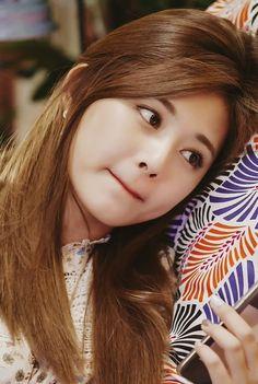 Goddess of beauty Kpop Girl Groups, Korean Girl Groups, Kpop Girls, Korean Fashion Trends, Korea Fashion, Cute Korean Girl, Asian Girl, Sana Momo, Chou Tzu Yu
