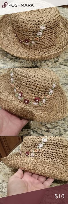 a1c6e57c05c31 Ladies Straw Hat Cute little straw hat with rolled up brim. Has little  flower details in front. One size fits all.
