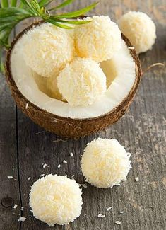 Lemon & Coconut Bliss Balls - a yummy Vegan and Tropical snack! Healthy Desserts, Raw Food Recipes, Sweet Recipes, Delicious Desserts, Dessert Recipes, Cooking Recipes, Yummy Food, Healthy Recipes, Lemon Recipes