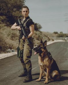 Congratulations to our amazing for ending her mi… Badass princess! Congratulations to our amazing for ending her military service today ⭐️ Thank you for your service… Military Working Dogs, Military Dogs, Military Girl, Military Police, Military Service, War Dogs, Warrior Girl, Female Soldier, Military Women