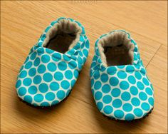 Itty Bitty Polka Dot Baby Booties (6-12 mo) Traction Soles